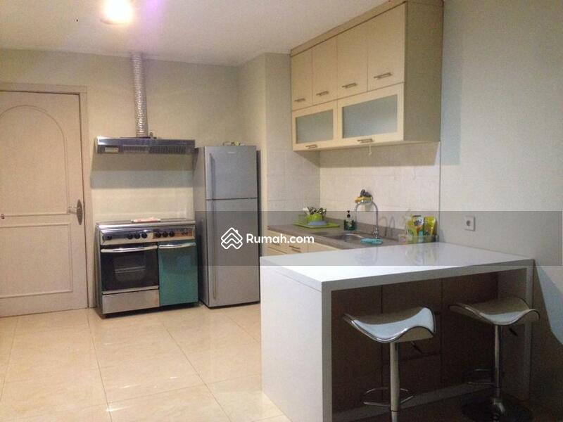 Apartemen Paladian Kelapa gading #104302932