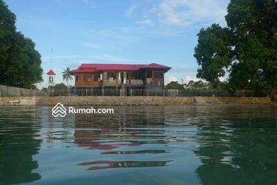 Dijual - Rumah Keren di Pantai di Belitung