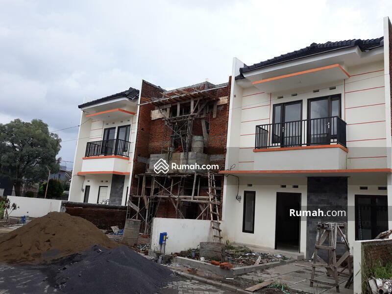 Rumah Di Dekat Banyak Kampus Ternama Dan Tempat Bisnis #104373388