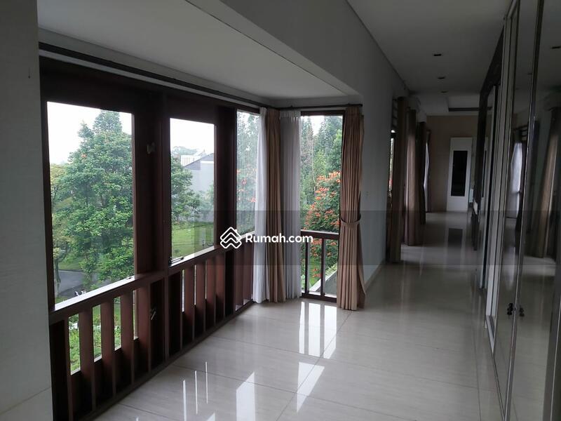 Dijual rumah mewah hook harga murah furnished sangat luas #104380084