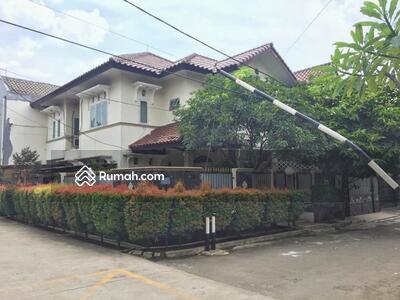 Dijual - Rumah Asri Full Furnish di Cibubur