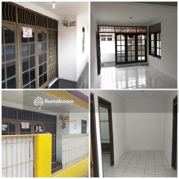 Rumah 2 lantai dalam gang 8x9 m2 Pejaten #104459552