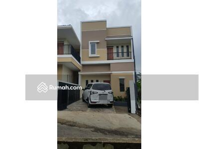 Dijual - Rumah 2 lantai view pegunungan Ciater Jawa Barat