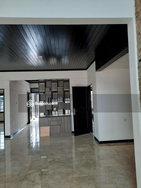 Dijual rumah bagus lingkungan tenang nyaman dan aman #104509376
