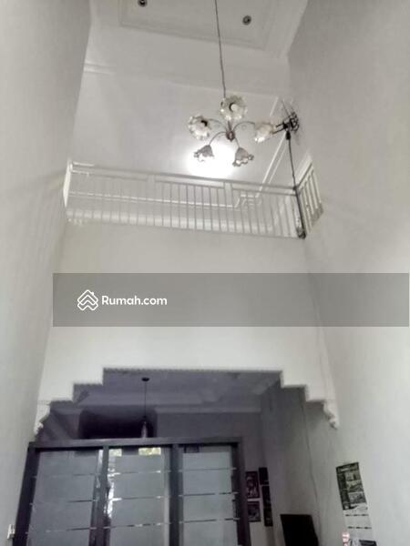 Rumah 2 Lantai Siap Huni Belakang Kostrad Singosari #104625998