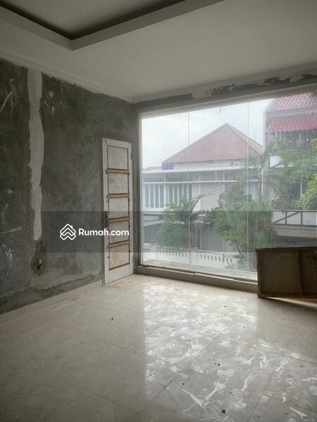 Rumah puricinere #104727830
