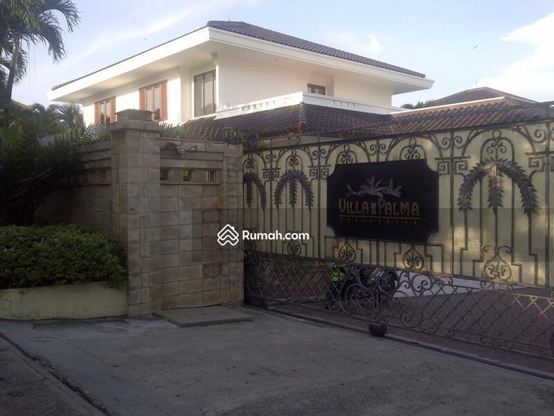 Dijual Rumah Mewah Langka. Rumah besar di area townhouse Villa Palma Redidence #104729252