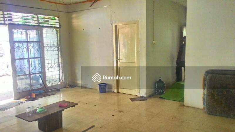 Rumah tua hitung tanah dengan lokasi strategis @ Bonang, Menteng #104772748