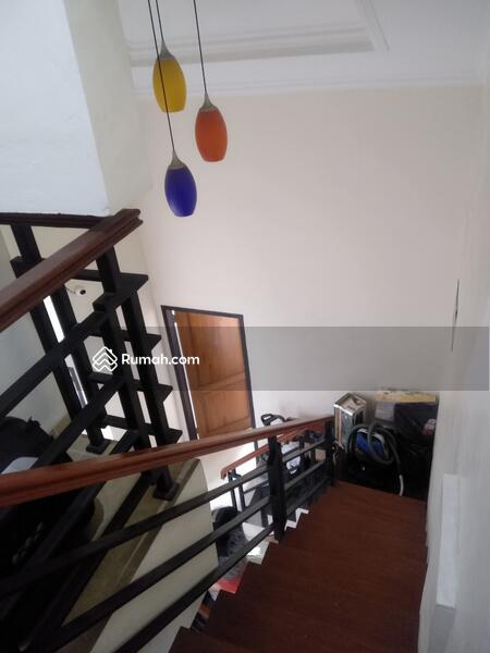 Di jual CEPAT !!!! Rumah 3 Lantai Degan Lokasi Di Cluster Graha Raya #105566530