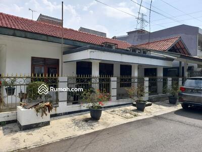Dijual - Rumah Duren Sawit, Lingkungan Nyaman,   Murah