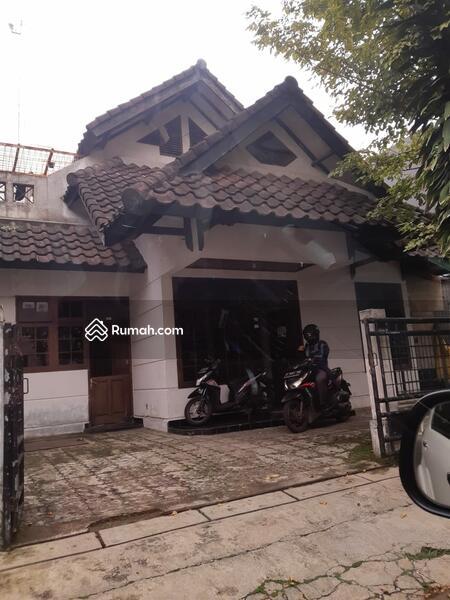 Rumah dalam komplek di Lebak Bulus #104843120