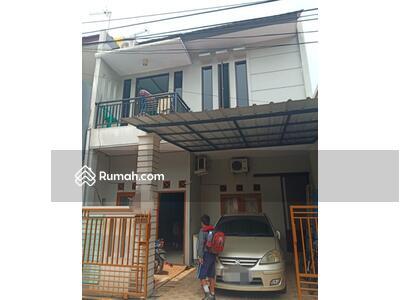 Dijual - Dijual Rumah di Boulevard Hijau Harapan Indah