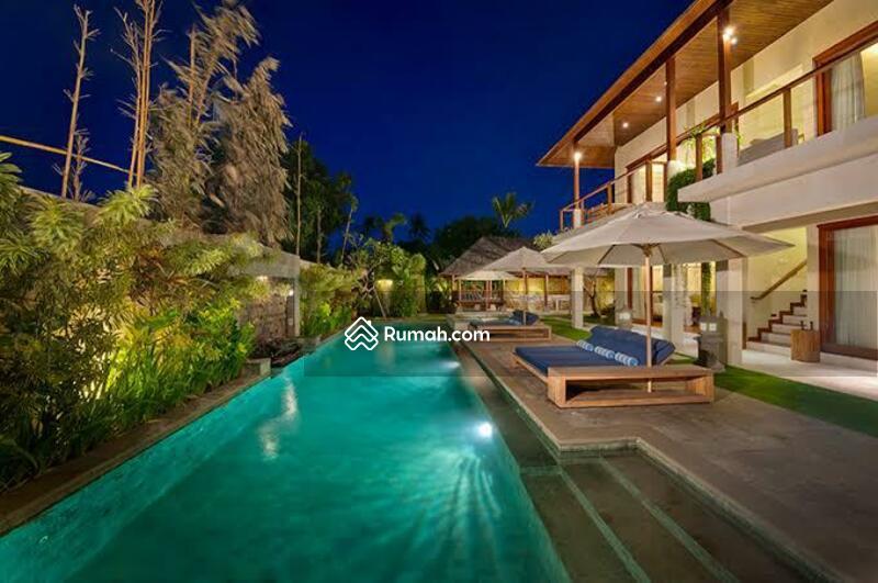 LUXURY VILLA FOR SALE at Batubelig seminyak / Near Canggu Bali #104961766