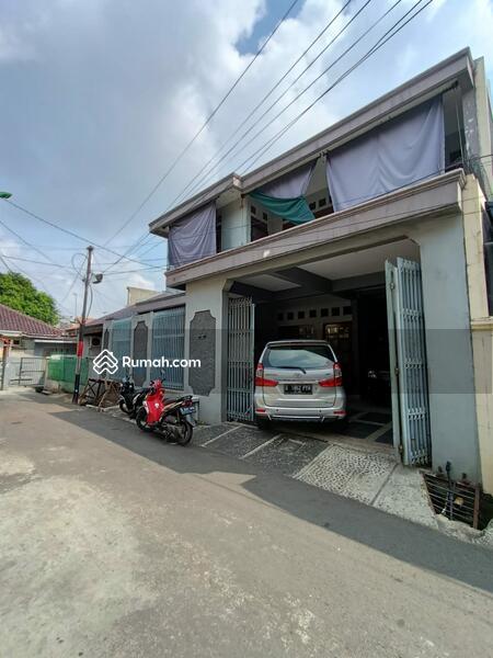 Rumah Secondary Berdempetan Dalam Komplek Area Klender Jakarta Timur. #104966244