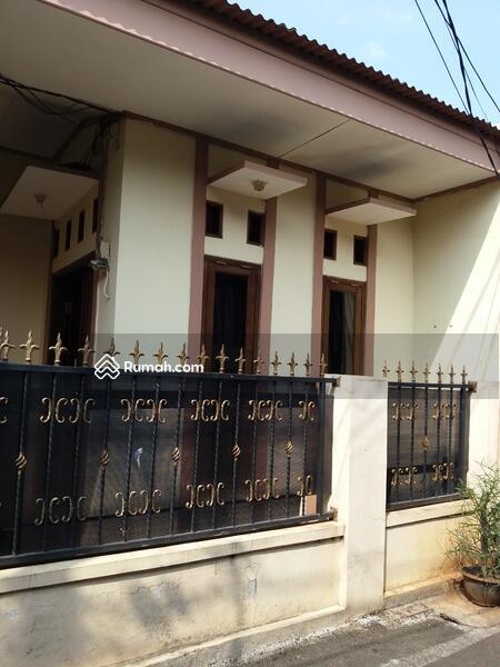 Renovasi tahun 2018 Rumah 1,5 lantai di perumnas Klender Jaktim luas murah strategis siap huni #105071152
