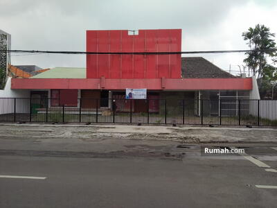Disewa - Disewakan Bangunan Komersial Jalan Kartini Lokasi Strategis Pusat Kota. Cocok untuk Segala Usaha LT