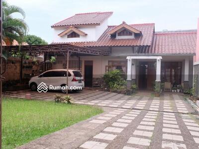 Dijual - Dijual Rumah Strategis Halaman Luas, Pondok Labu, Cilandak