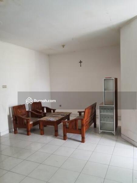 Rumah siap huni luas 9x18 162m Type 3+1KT Taman Modern Cakung Jakarta Timur #105177158