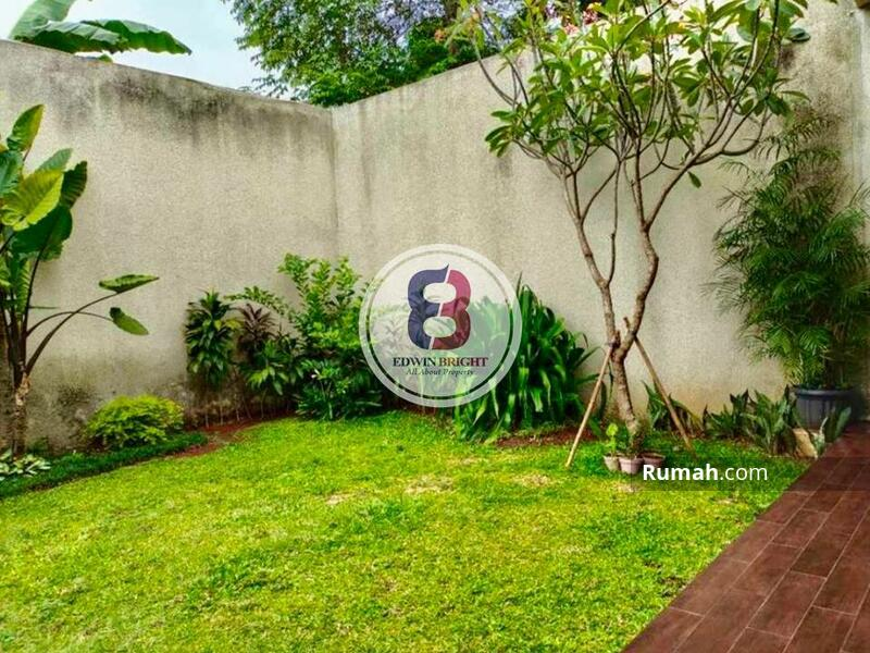Rumah Dijual di Kebayoran Residences Bintaro Jaya Bagus Rapi Siap Huni #105177854