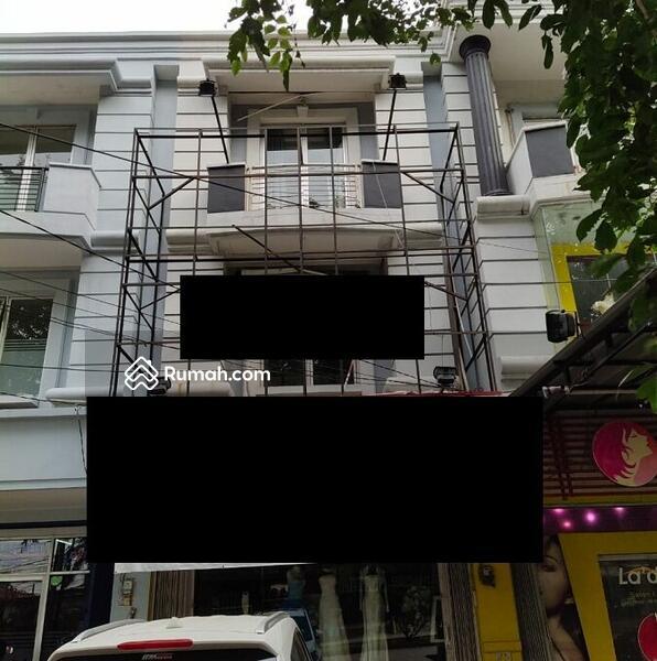 Ruko Gandeng Siap Pakai di Jalan Raya Harapan Indah Bekasi #105178162