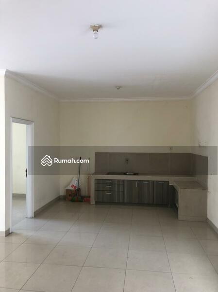 Dijual Town House Taman Anggrek uk 142m2 Standar Developer at Jakarta Barat #105178236