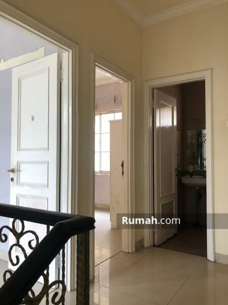 Dijual Town House Taman Anggrek uk 142m2 Standar Developer at Jakarta Barat #105178546