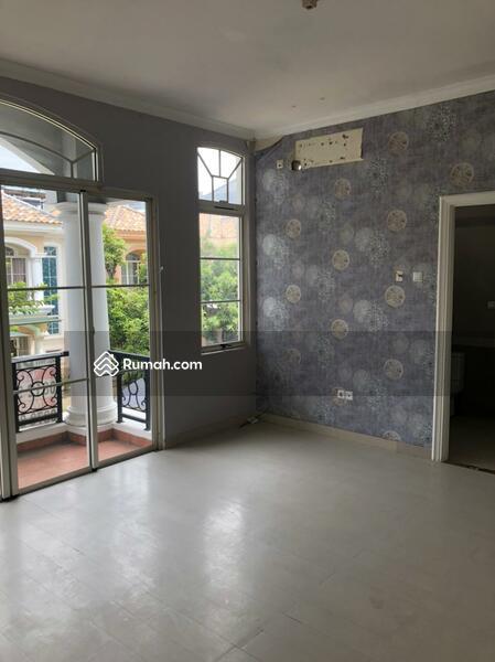 Dijual Town House Taman Anggrek uk 142m2 Standar Developer at Jakarta Barat #105178554
