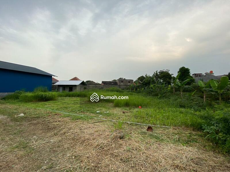 Kampung utan #105179002