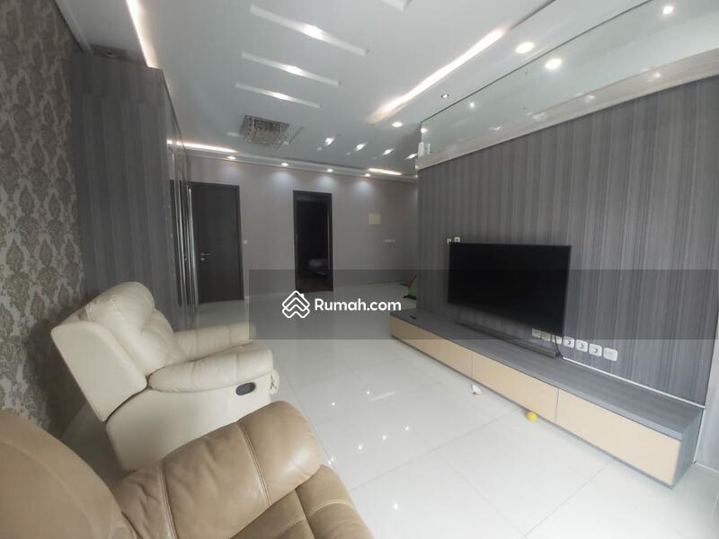 Rumah Bagus 2 Lantai di Jakarta Garden City #105179438