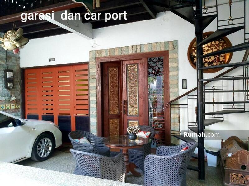 Rumah Mewah di Lebak Bulus Jakarta Selatan #105181100