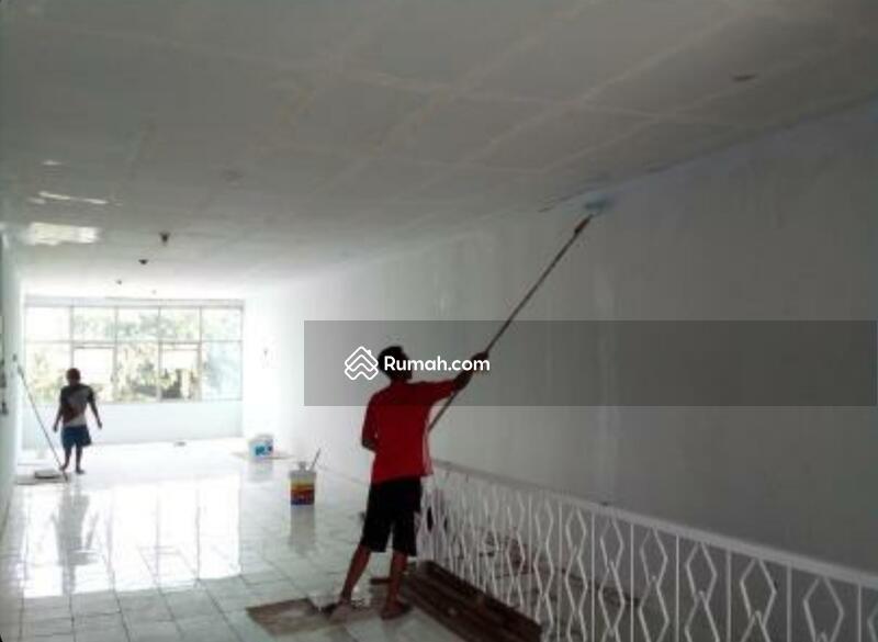 Ruko 3 Lantai Pinggir Jalan Raya Pondok Bambu Jakarta Timur #105183398