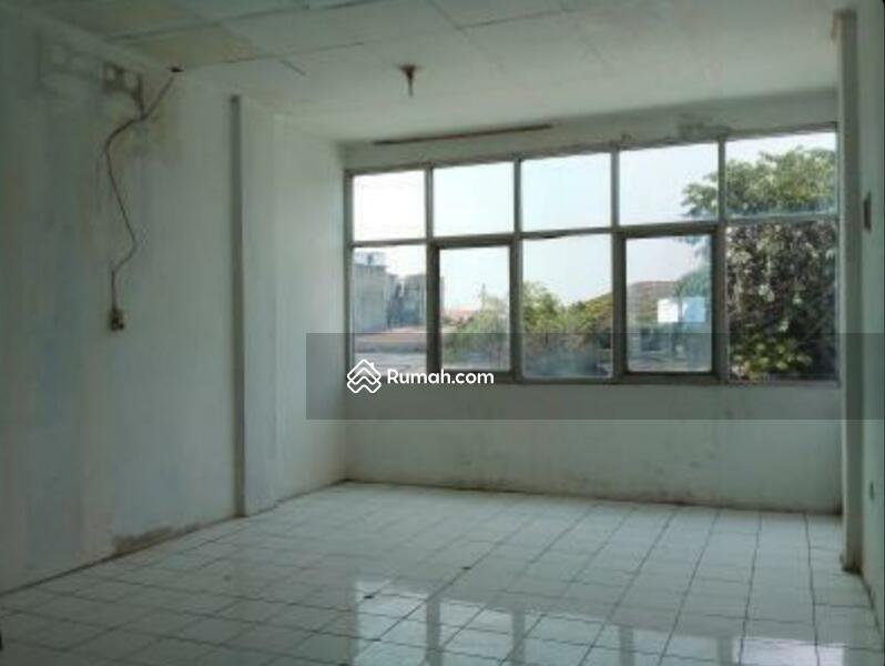 Ruko 3 Lantai Pinggir Jalan Raya Pondok Bambu Jakarta Timur #105183408