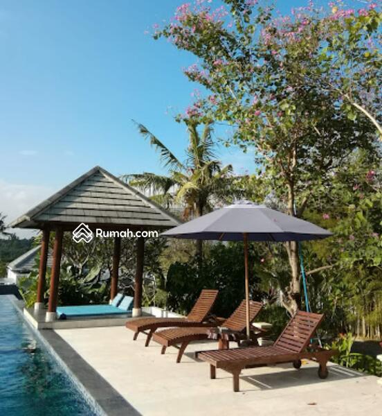 Di jual villa mewah Siap Pakai  di canggu #105185424