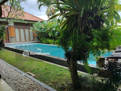 Dijual - Dijual villa guesthouse dengan 8 bedrooms Dekat Ubud Monkey Forest