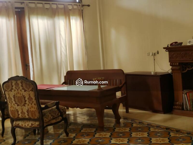 Dijual villa guesthouse dengan 8 bedrooms Dekat Ubud Monkey Forest #105185574