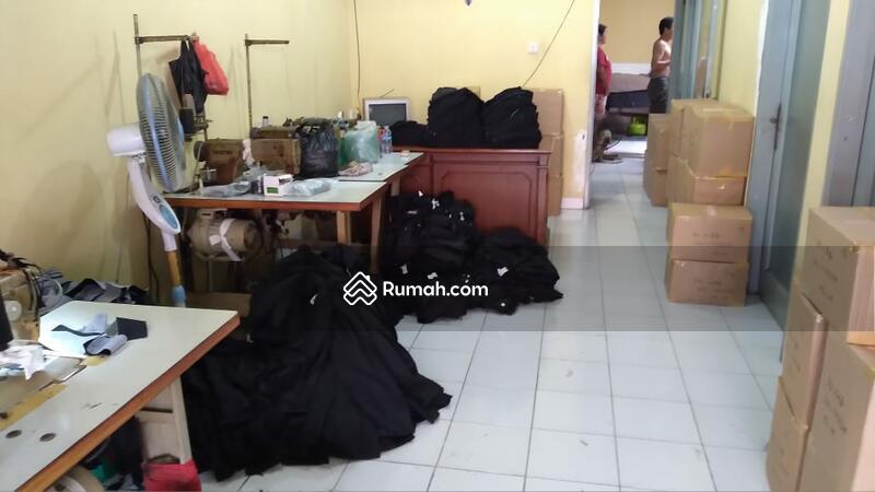 Dijual rumah di daerah Duri Kepa Jakarta barat #105186270
