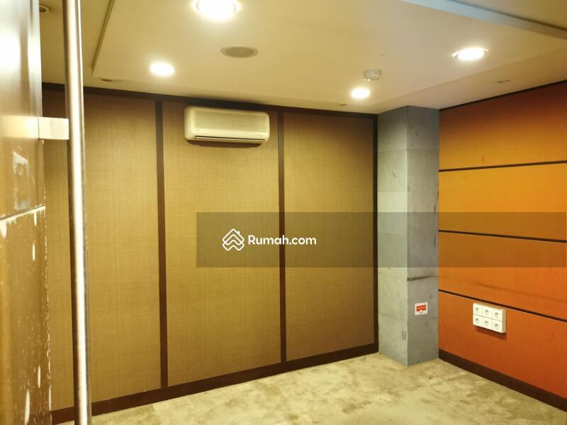Disewakan Gedung 1 Lantai Siap Pakai di Mainroad Dago Ex Bank Cocok untuk Ruang Usaha #105187722