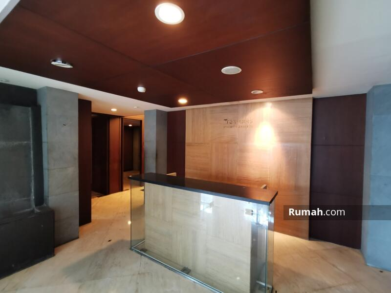 Disewakan Gedung 1 Lantai Siap Pakai di Mainroad Dago Ex Bank Cocok untuk Ruang Usaha #105187728