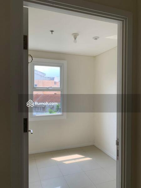Dijual Cepat Murah Apartement Parahyangan Residence Non Furnish #105189004