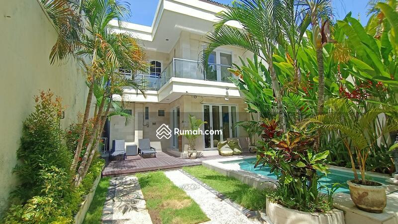 3 Bedroom Villa in Seminyak, Close to Double Six Beach Quite Location #105190346