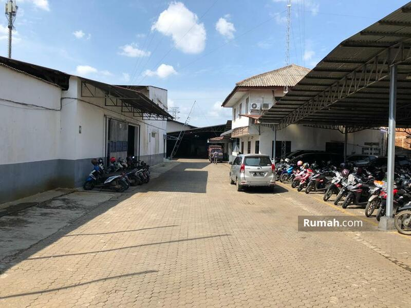 Cikupa Tangerang #105194996