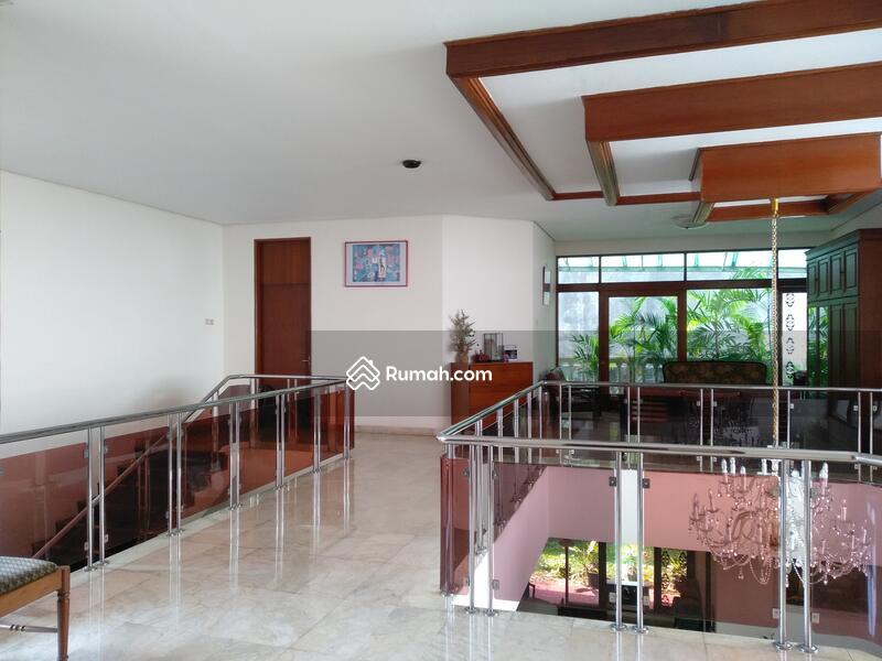 Rumah 2 Lantai Hunian Nyaman Dan Asri Di pondok Indah Jakarta Selatan #105196122