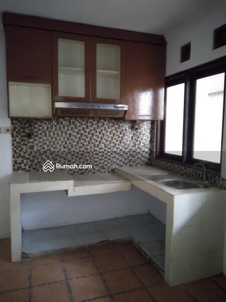 Di Jual Rumah Bagus 2 Lantai Lokasi Sangat Strategis Graha Raya Bintaro jaya #105198242