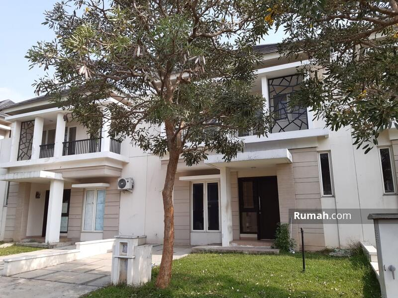 Rumah 2 Lantai Suvarna Sutera Cluster Citra 8x20 Siap Huni Jalan Lebar #105200490