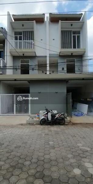 Rumah Baru 3 Lantai di Wisma Permai Surabaya #105202312