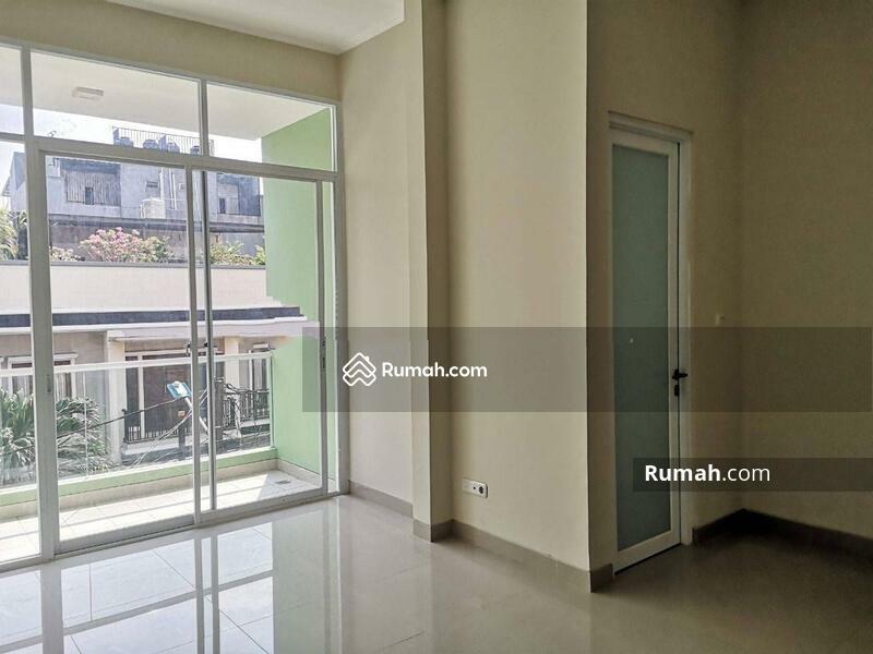 Disewa Rumah Baru Kavlong Polri Jelambar, Jakarta Barat #105202652