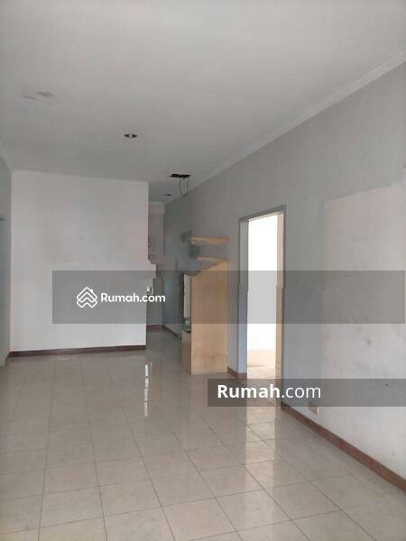 Rumah Cantik Daerah Jelambar, Jakarta Barat #105203366