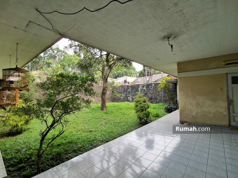 Rumah untuk Usaha di Mainroad Dipati Ukur Bandung #105204012