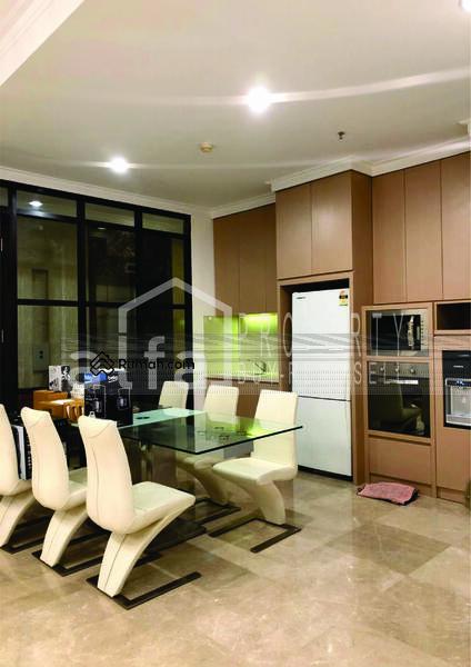 Disewakan Apartemen Residence 8 3BR luas 153m2 Fully Furnished #105208962