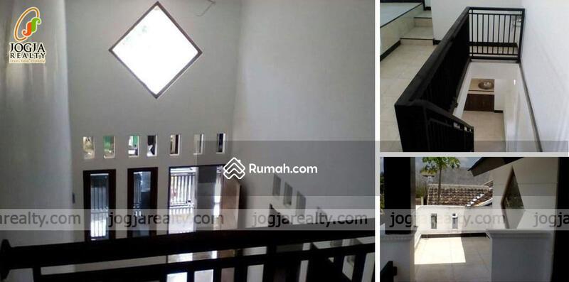 Rumah Dalam Perumahan Trimulyo Jetis Bantul Yogyakarta Fr #105209618